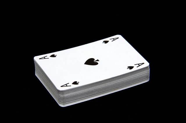 Im Pokerkoffer enthaltene Pokerkarten